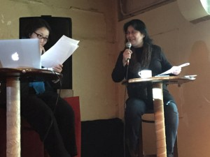 司会の相原理歩さん(左)と講師の安宅直子さん(右)。テンポよい進行で息ぴったり。